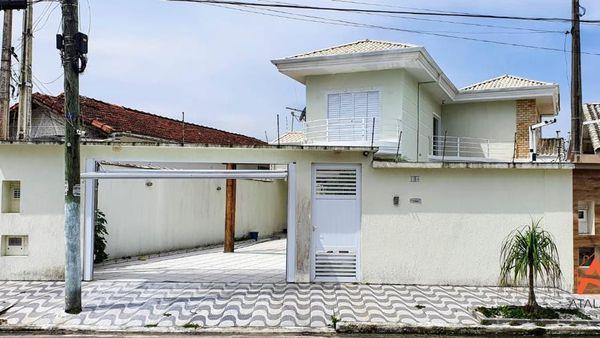 CASA SOBRADO COM 4 DORMITÓRIOS E 3 SUITES NO FLORIDA