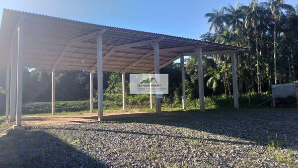 Terreno na Vila da Gloria(SFS) com área de 1.459,00m², mais estrutura de galpão com 320 m²