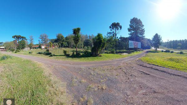 Área de Terra 6,8 hectares em Brochier