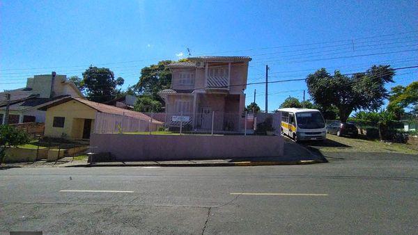 Casa de esquina no Bairro Progresso