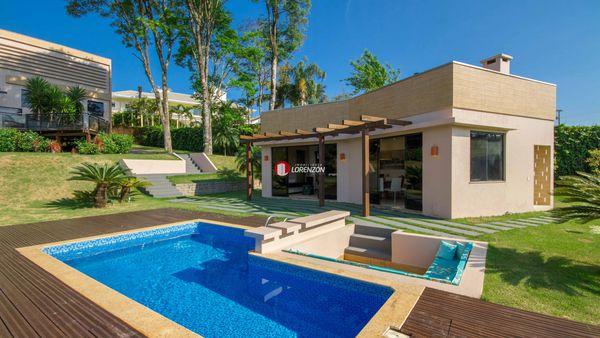 Casa em Condomínio Fechado em Chapecó - Suíte mais 3 Quartos - Condomínio Vila Country