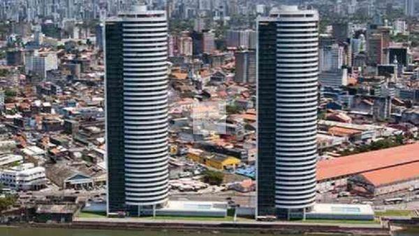 Edf. Pier Duarte Coelho / 247M² / 4 quartos / 4 suítes / 3 vagas