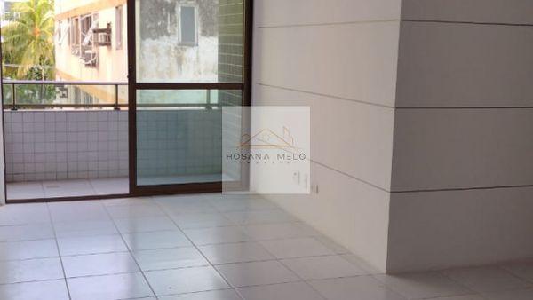 Edifício porto das palmeiras-Boa viagem / 3 quartos/1 suíte/andar alto/01 vaga/varanda