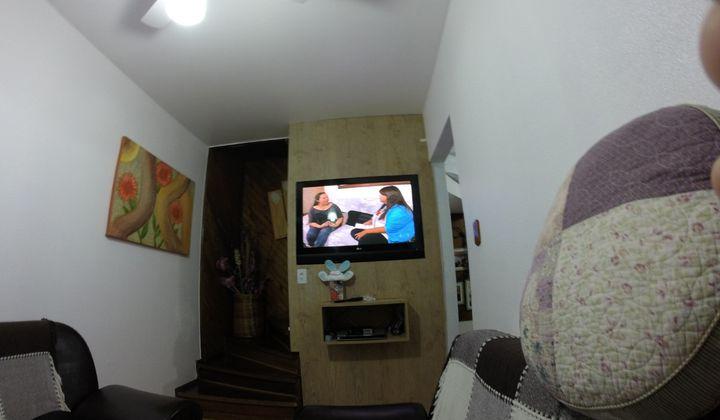Ótimo sobrado com dois dorm. Piscina - Jardim Porto Alegre - A vista