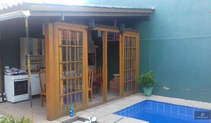 Casa 2 dorm. Porto Verde com Piscina