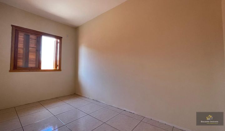 Linda casa com 2 quartos no Porto Verde!