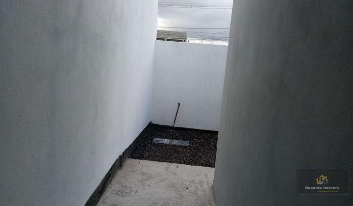 Vendo linda casa dois dormitorios Porto Verde - Portão de contra peso-Ótimo padrão