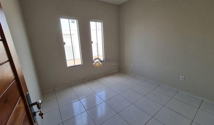 2 quartos, 1 Banheiro, 2 Vagas, totalmente lajeada