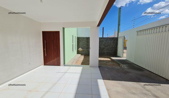 2 quartos, 2 banheiros, garagem para dois caros, maior área construída da categoria
