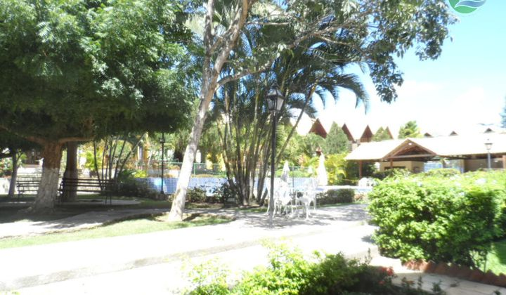 Casa duplex, 03 Suites, em Gravatá, Pernambuco.