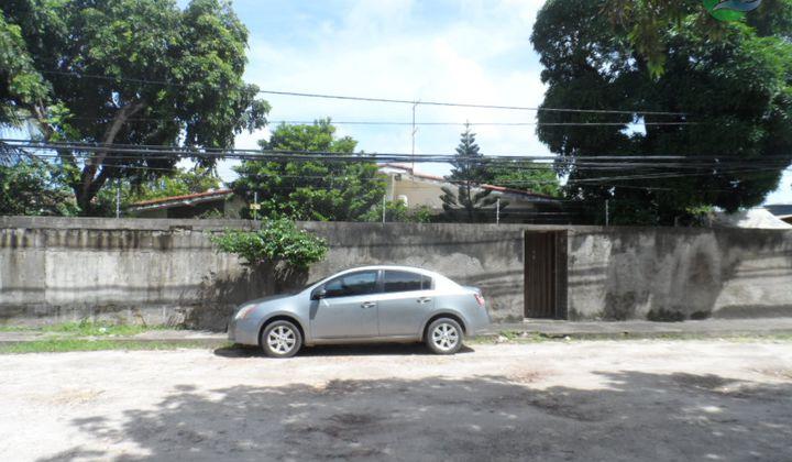 Casa térrea  03 quartos, em Massangana, Piedade, Jaboatão.