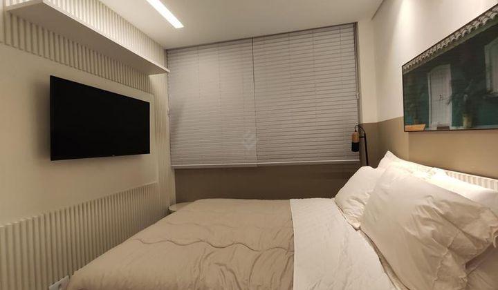 Apartamento de 2 dormitório sendo 1 suite no Canto do Forte em Praia Grande.