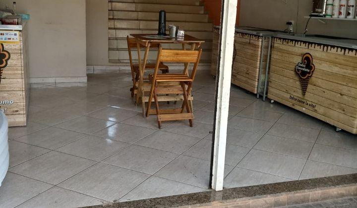Casa 2/4 mais loja em Lagoa Santa