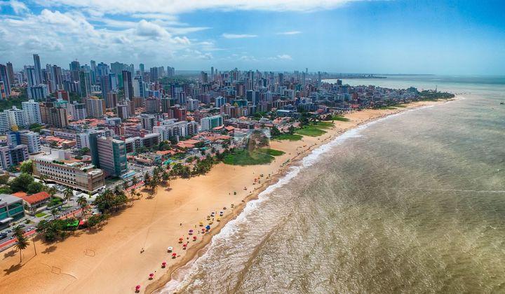 Flat na Praia de Cabo Branco, mobiliado em João Pessoa