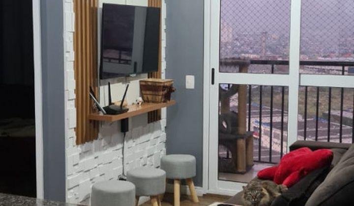 Apartamento no Parque São Lourenço, com 2 Dormitórios com sacada .
