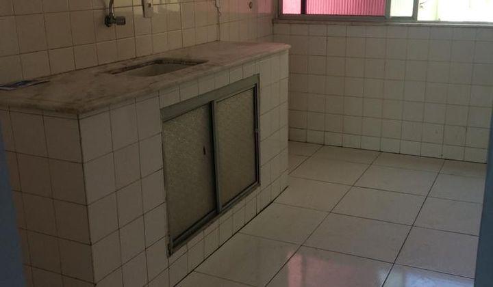 Apartamento em Amaralina terceiro andar de escadas