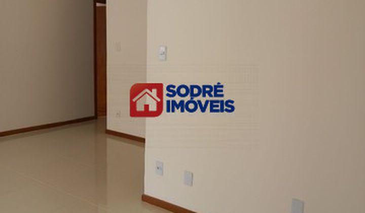 Apartamento na Pituba, sendo 2 quartos com  dependência