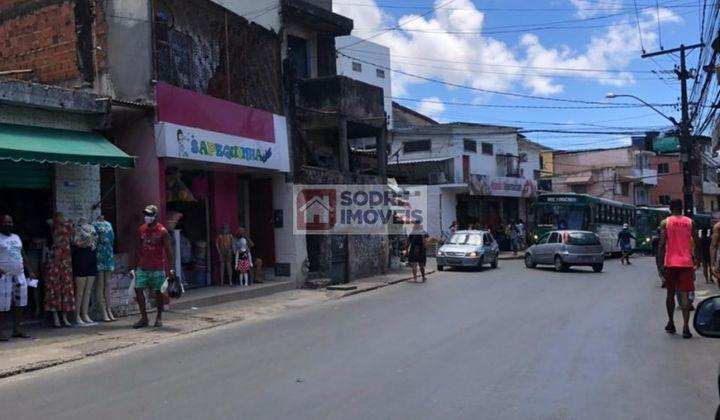 Ponto  Comercial, em Pau da Lima com 320 metros quadrados...