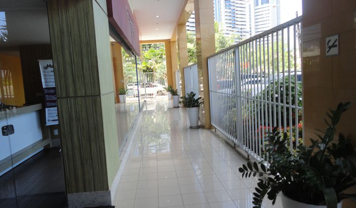 Sala comercial na Tancredo Neves  com 23.00m².